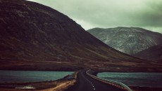 road-mountains-street-countryside